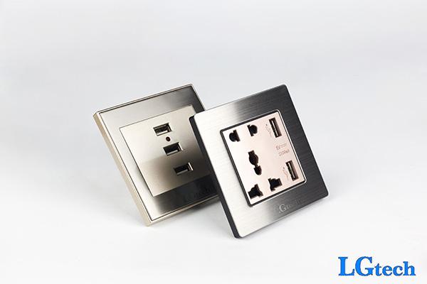 Ổ cắm điện âm tường tích hợp 2 cổng USB đa năng
