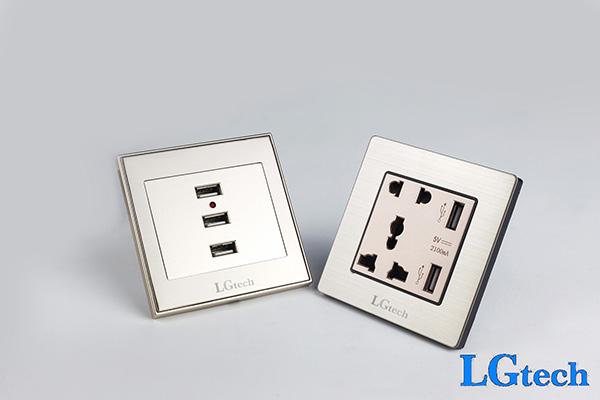 Ổ điện cắm cổng USB 3.0 có 3 cổng USB 3.0 bạc cao cấp tại Hà nội