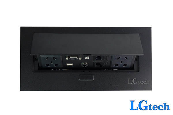 Thông tin Ổ cắm điện đa năng hỗ trợ 2 cổng LAN chính hãng LGTECH OD2VL2UAU2  Mã sản phẩm: OD2VL2UAU2 Nhiệt độ: +20~+60(℃) Nguồn điện: 110~220(V) Công suất định mức: 2000W Dòng điệnL 10A Kích thước: 145X130X78mm 2 ổ cắm 2 cổng LAN cổng VGA  cổng usb cổng audio 3.5mm cổng audio 6.5mmm
