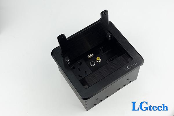 Ổ điện đa năng âm tường có VGA và cổng mạng RJ45 LGTECH ODVL2